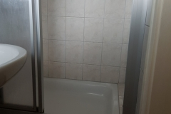 A-15-Bad-Dusche